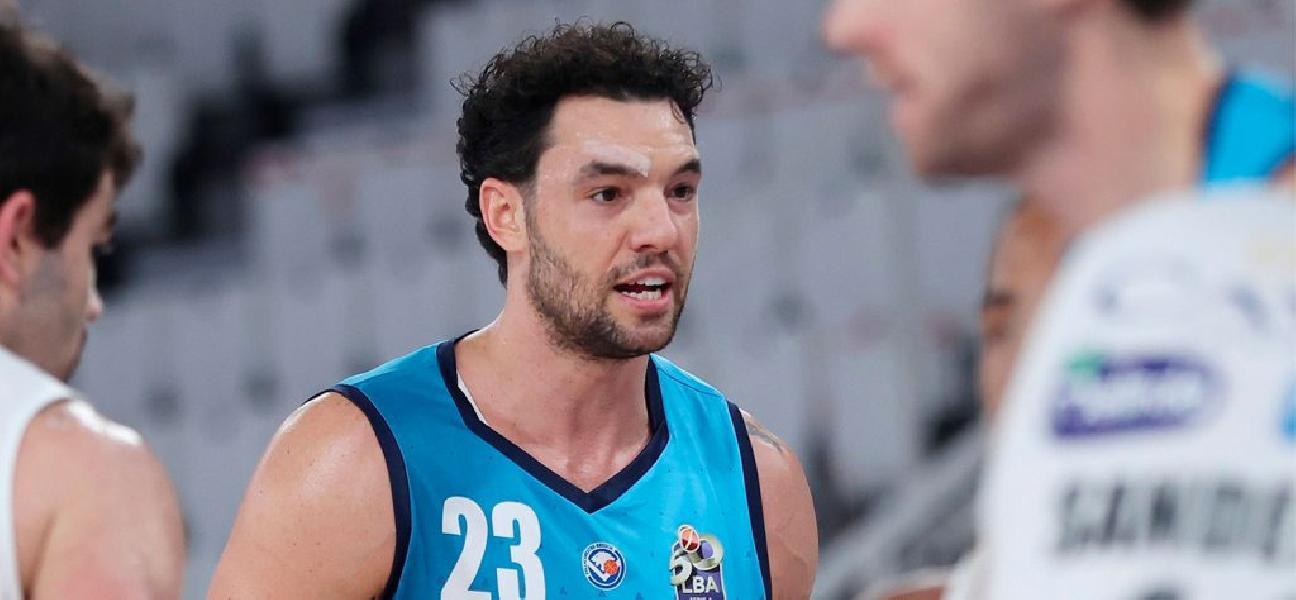 https://www.basketmarche.it/immagini_articoli/01-01-2021/pallacanestro-brescia-frattura-scomposta-mano-destra-christian-burns-600.jpg