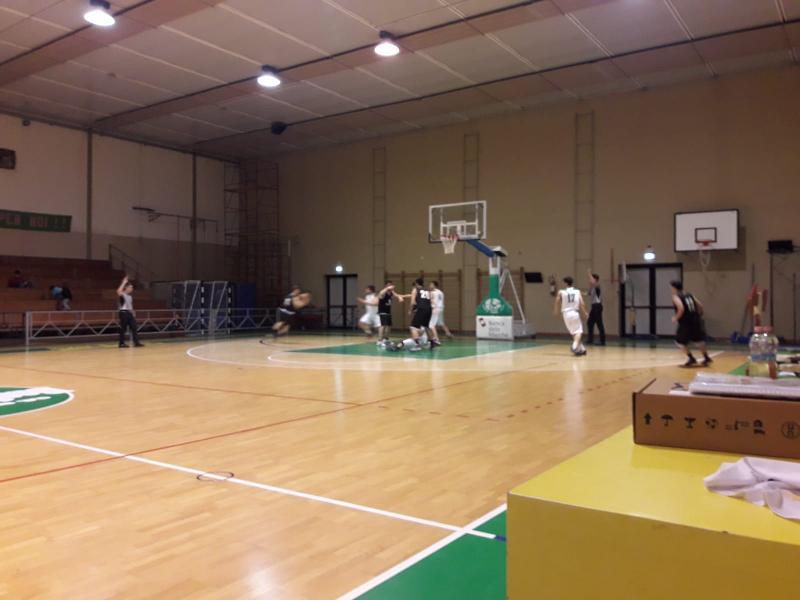 https://www.basketmarche.it/immagini_articoli/01-02-2020/basket-vadese-conquista-netta-vittoria-basket-montecchio-600.jpg
