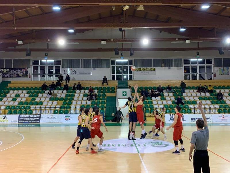 https://www.basketmarche.it/immagini_articoli/01-02-2020/comoda-vittoria-sporting-porto-sant-elpidio-victoria-fermo-600.jpg