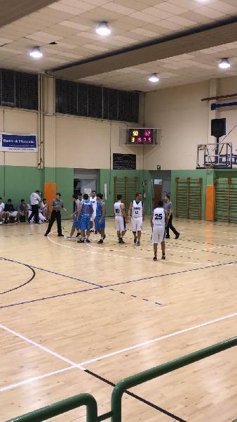 https://www.basketmarche.it/immagini_articoli/01-02-2020/convincente-vittoria-futura-osimo-basket-jesi-600.jpg