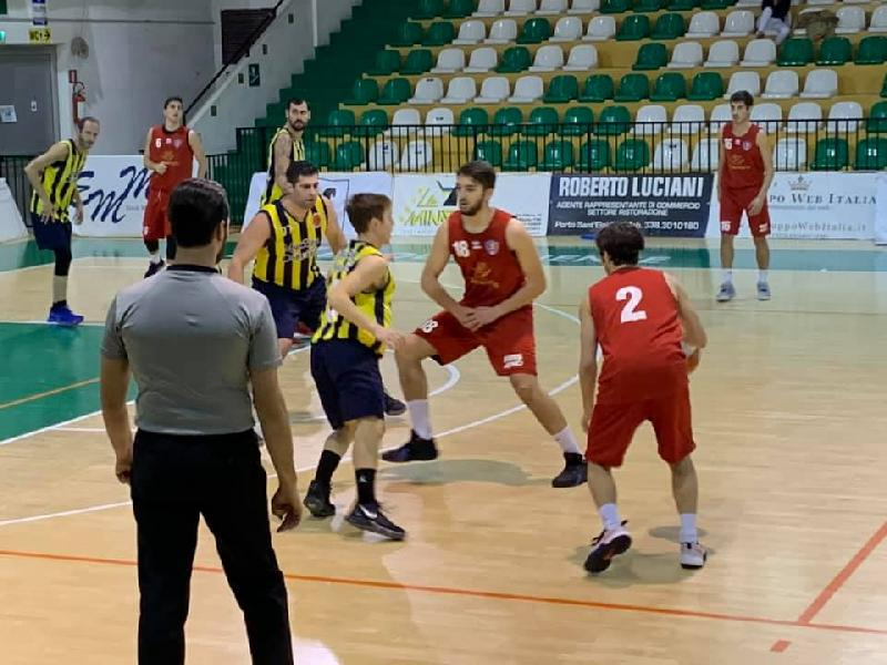 https://www.basketmarche.it/immagini_articoli/01-02-2020/sporting-porto-sant-elpidio-ferma-conquista-seconda-vittoria-consecutiva-600.jpg