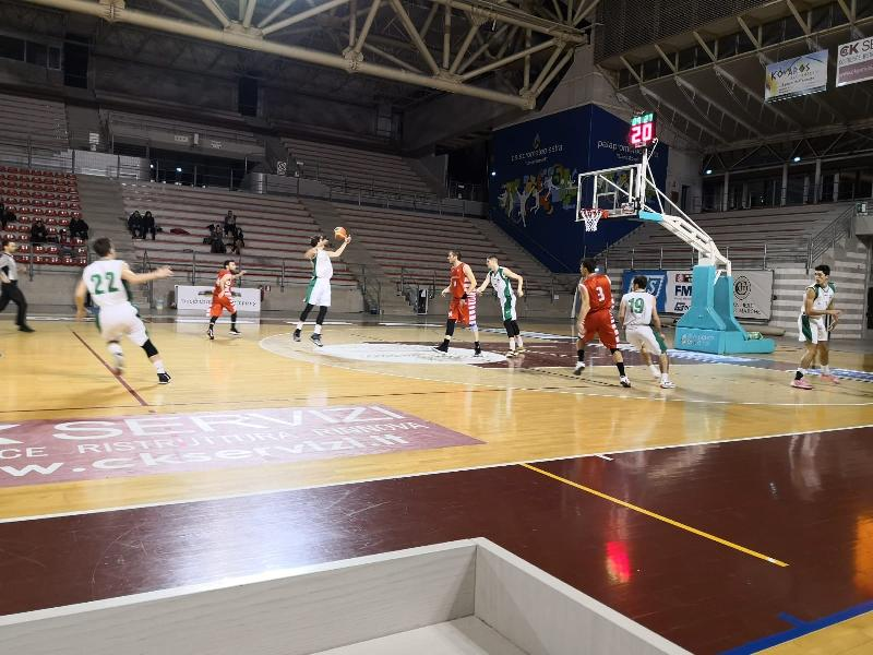 https://www.basketmarche.it/immagini_articoli/01-02-2020/super-stamura-ancona-batte-nettamente-basket-tolentino-600.jpg