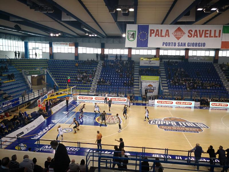 https://www.basketmarche.it/immagini_articoli/01-03-2019/pagelle-treviso-basket-latina-basket-logan-bene-imbr-tessitori-laziali-tavernelli-600.jpg