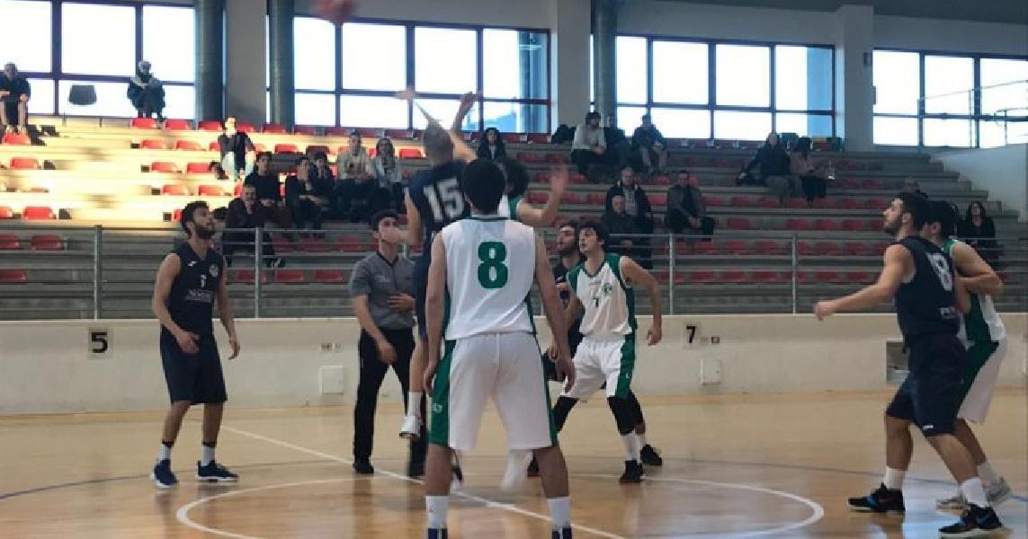 https://www.basketmarche.it/immagini_articoli/01-04-2019/svanisce-sogno-playoff-stamura-ancona-600.jpg