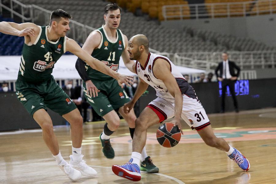 https://www.basketmarche.it/immagini_articoli/01-04-2021/olimpia-milano-domina-tempo-cala-ripresa-arrende-overtime-panathiaikos-600.jpg