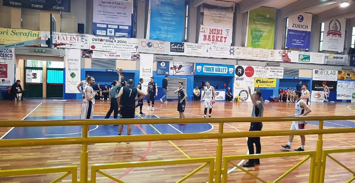 https://www.basketmarche.it/immagini_articoli/01-05-2019/silver-playoff-date-ufficiali-semifinale-teramo-spicchi-basket-todi-600.jpg