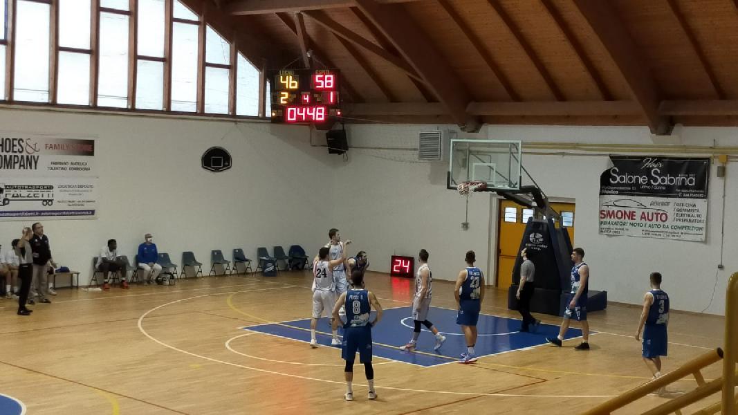 https://www.basketmarche.it/immagini_articoli/01-05-2021/pescara-basket-espugna-autorit-campo-vigor-matelica-600.jpg