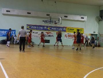 https://www.basketmarche.it/immagini_articoli/01-06-2018/promozione-playoff-finali-live-gli-aggiornamenti-in-diretta-della-gara-pcn-pesaro-pallacanestro-senigallia-giovani-270.jpg