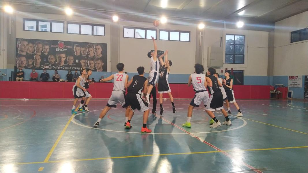 https://www.basketmarche.it/immagini_articoli/01-06-2021/gold-basket-todi-passa-campo-virtus-assisi-600.jpg