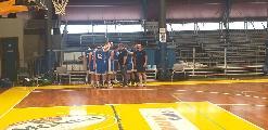 https://www.basketmarche.it/immagini_articoli/01-06-2021/gold-foligno-basket-espugna-campo-giromondo-spoleto-120.jpg