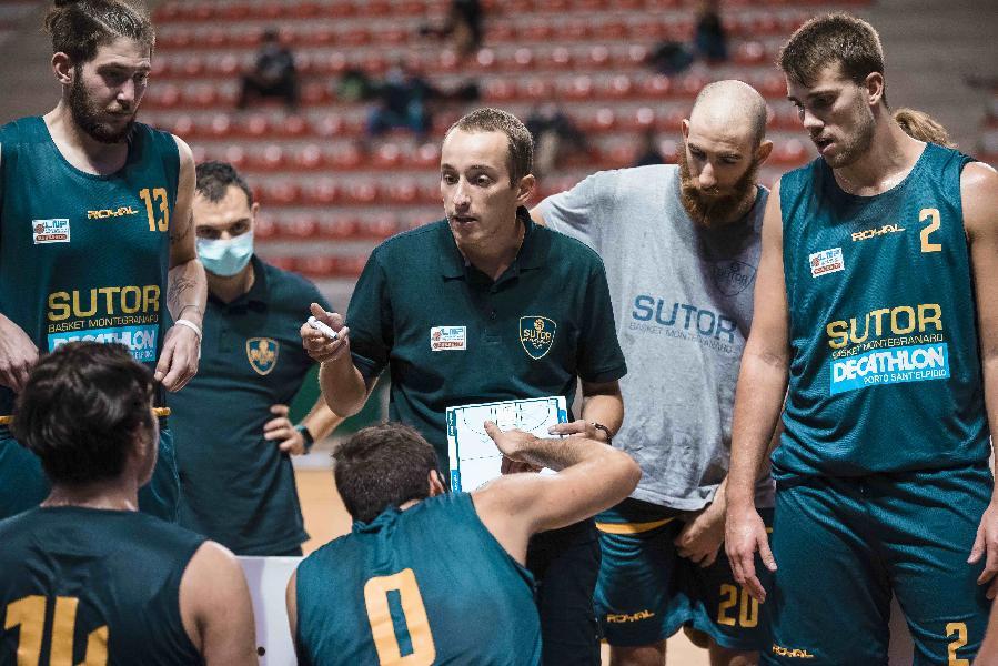 https://www.basketmarche.it/immagini_articoli/01-06-2021/sutor-montegranaro-pronta-gara-coach-ciarpella-vogliamo-tornare-mestre-vittoria-600.jpg