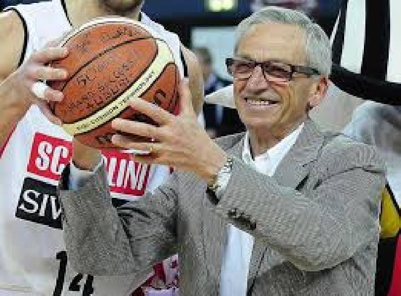 https://www.basketmarche.it/immagini_articoli/01-06-2021/valter-scavolini-ritorno-basket-stato-ciclo-bellissimo-chiuso-600.jpg