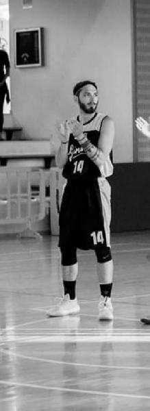 https://www.basketmarche.it/immagini_articoli/01-07-2020/pallacanestro-acqualagna-batte-colpo-ufficiale-conferma-pasquale-diana-600.jpg