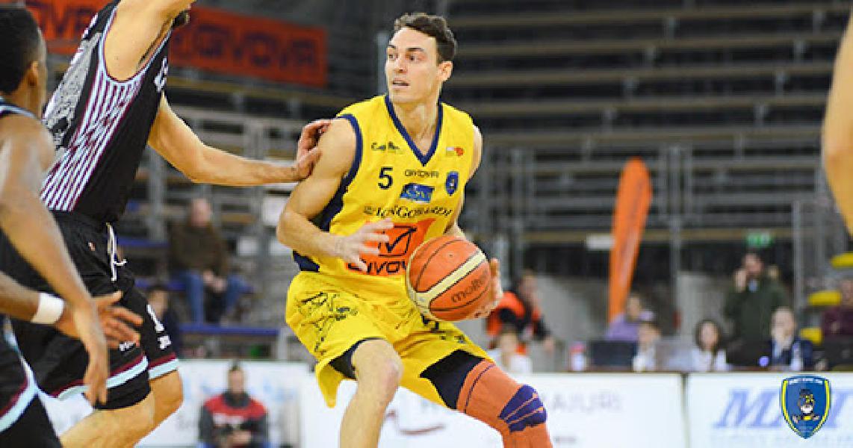 https://www.basketmarche.it/immagini_articoli/01-07-2020/ufficiale-nicholas-crow-primo-colpo-mercato-rinascita-basket-rimini-600.jpg