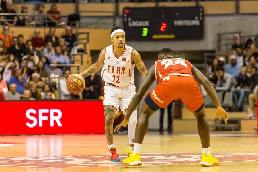 https://www.basketmarche.it/immagini_articoli/01-08-2020/pesaro-spot-playmaker-piace-justin-robinson-600.jpg