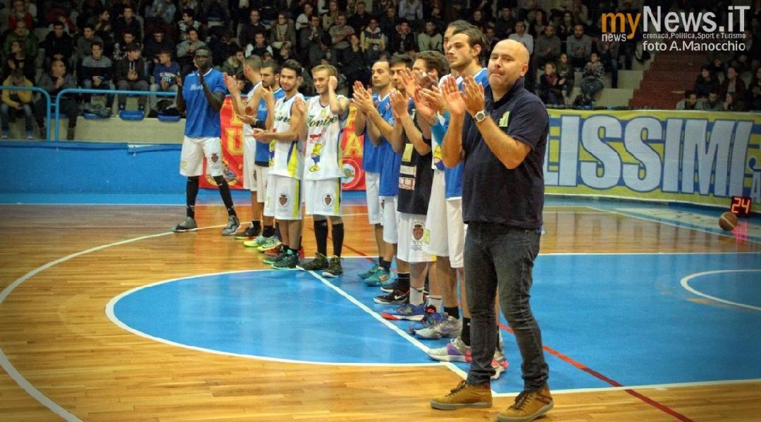 https://www.basketmarche.it/immagini_articoli/01-09-2018/serie-silver-massimo-lembo-allenatore-airino-termoli-prime-novit-roster-600.jpg