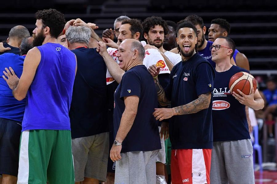 https://www.basketmarche.it/immagini_articoli/01-09-2019/italbasket-angola-vale-doppio-passaggio-secondo-turno-posto-torneo-olimpico-600.jpg
