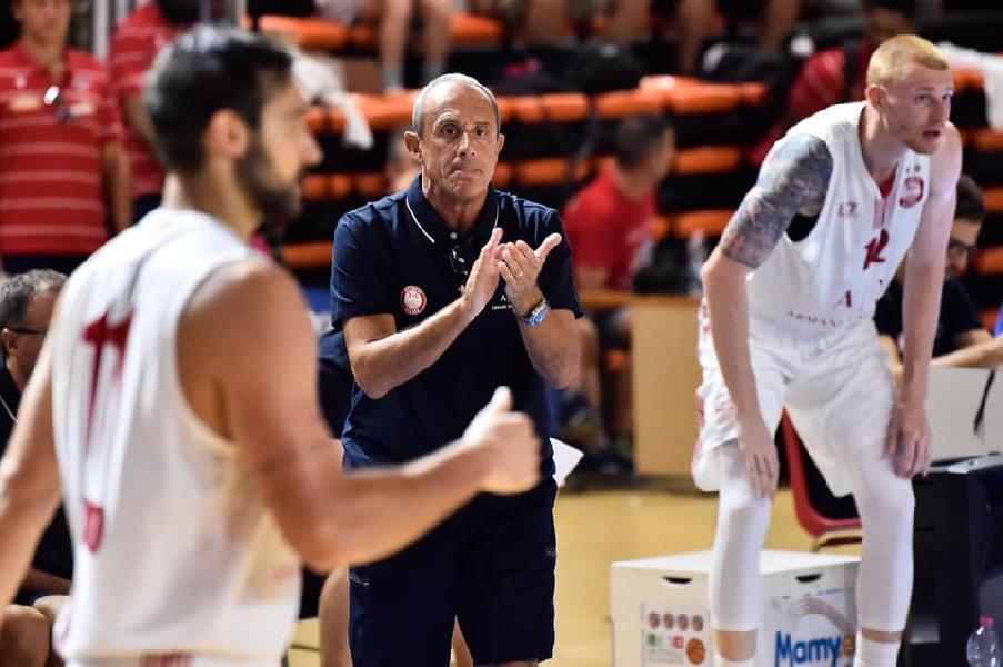 https://www.basketmarche.it/immagini_articoli/01-09-2019/olimpia-milano-coach-messina-serve-condizione-fisica-migliore-bene-moraschini-mack-600.jpg