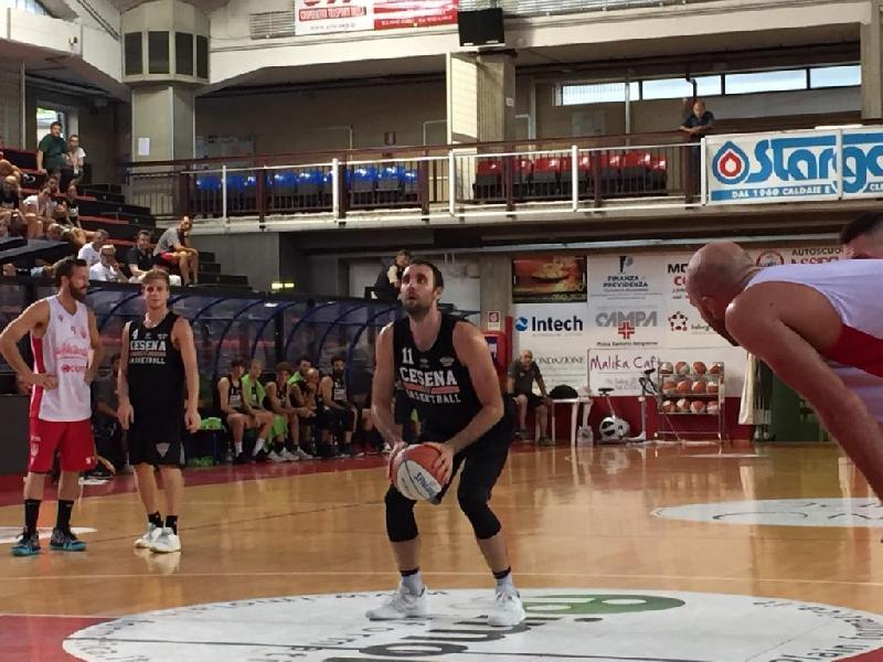 https://www.basketmarche.it/immagini_articoli/01-09-2019/ottime-indicazioni-tigers-cesena-amichevole-andrea-costa-imola-600.jpg