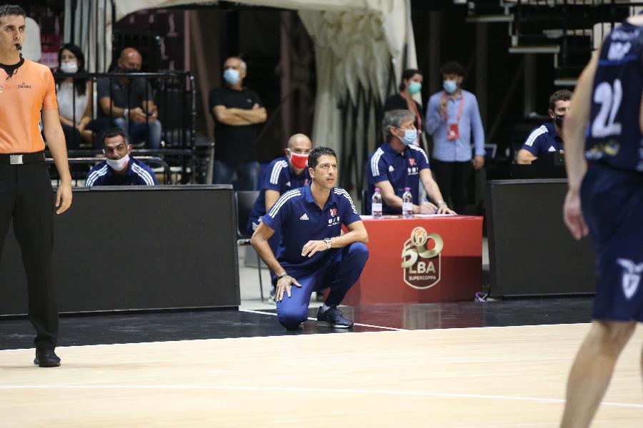 https://www.basketmarche.it/immagini_articoli/01-09-2020/reggio-emilia-sfida-virtus-bologna-coach-martino-sfida-stimolante-600.jpg