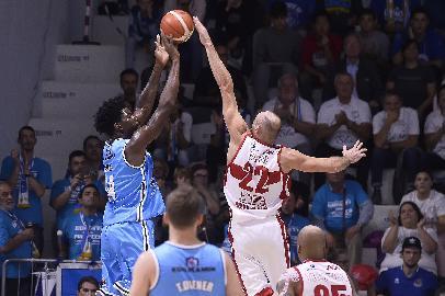https://www.basketmarche.it/immagini_articoli/01-10-2017/serie-a-l-olimpia-milano-espugna-cremona-con-un-ottimo-secondo-tempo-270.jpg