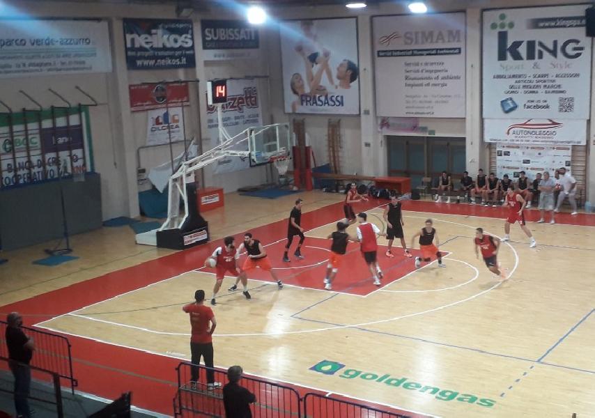 https://www.basketmarche.it/immagini_articoli/01-10-2020/pallacanestro-senigallia-lamichevole-falconara-basket-600.jpg