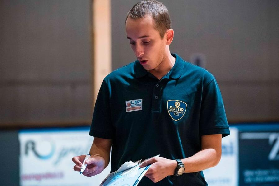https://www.basketmarche.it/immagini_articoli/01-10-2020/sutor-montegranaro-coach-ciarpella-matelica-abbiamo-fatto-passi-avanti-600.jpg