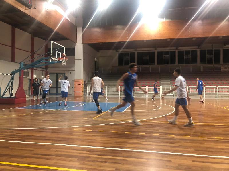 https://www.basketmarche.it/immagini_articoli/01-10-2021/boys-fabriano-spuntano-test-amichevole-amatori-severino-600.jpg