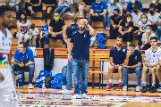 https://www.basketmarche.it/immagini_articoli/01-10-2021/janus-fabriano-coach-pansa-obiettivo-salvezza-prima-possibile-giocare-osimo-handicap-terrificante-120.jpg