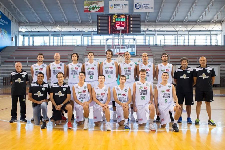 https://www.basketmarche.it/immagini_articoli/01-11-2018/video-incredibile-tripla-simone-centanni-deciso-derby-ancona-senigallia-600.jpg