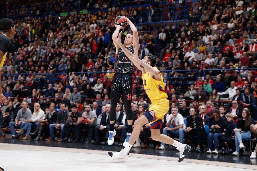 https://www.basketmarche.it/immagini_articoli/01-11-2019/euroleague-olimpia-milano-esplode-ultimo-quarto-abbatte-barcellona-600.jpg