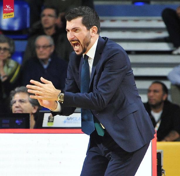https://www.basketmarche.it/immagini_articoli/01-11-2019/pesaro-coach-perego-treviso-uomini-esperienza-dovremo-rispondere-fisicamente-mentalmente-600.jpg