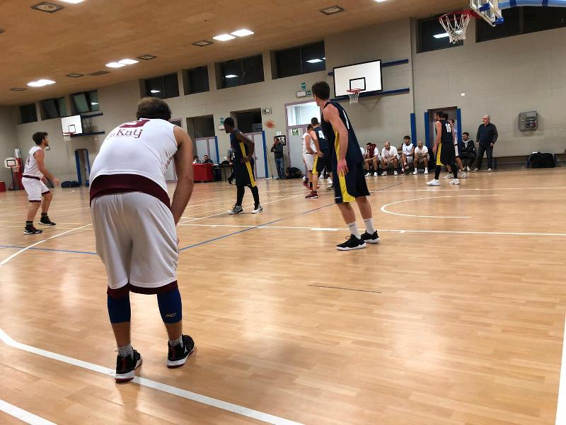 https://www.basketmarche.it/immagini_articoli/01-11-2019/supplementare-premia-spartans-pesaro-basket-ducale-urbino-600.jpg