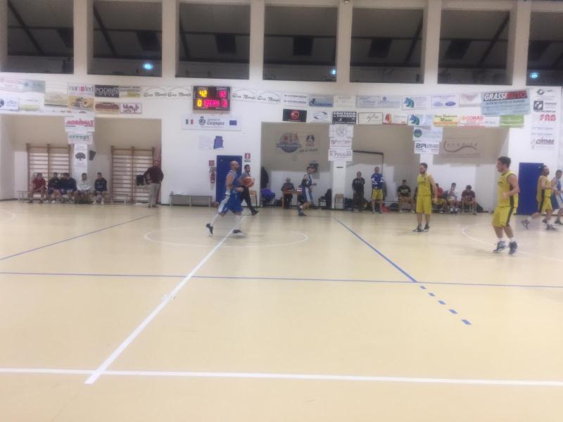 https://www.basketmarche.it/immagini_articoli/01-12-2018/basket-montefeltro-carpegna-espugna-campo-pallacanestro-calcinelli-600.jpg