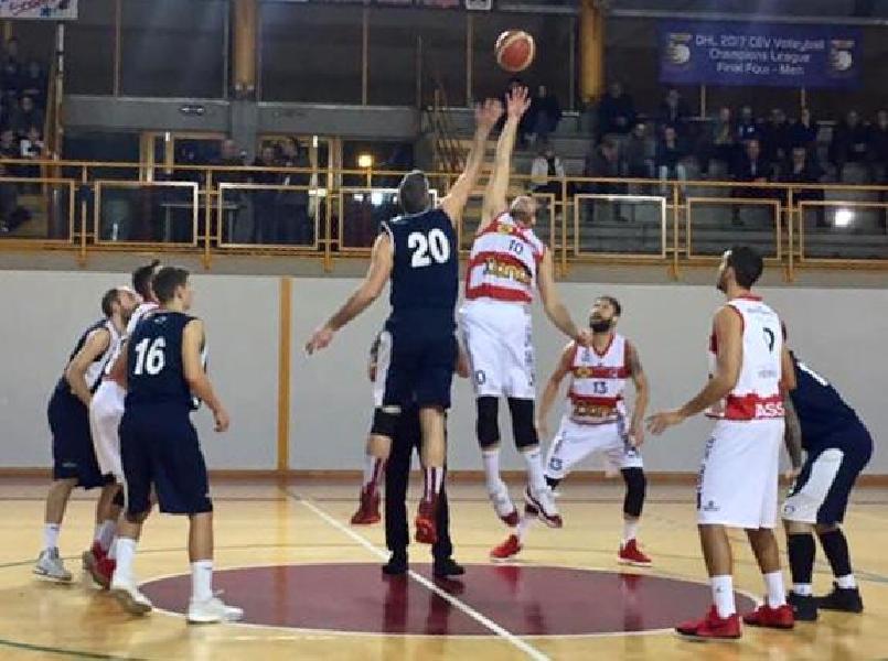 https://www.basketmarche.it/immagini_articoli/01-12-2018/serie-silver-live-girone-marche-umbria-gare-nona-giornata-tempo-reale-600.jpg