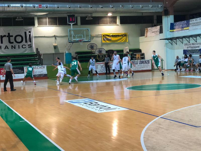 https://www.basketmarche.it/immagini_articoli/01-12-2019/netta-sconfitta-stamura-ancona-campo-bartoli-mechanics-600.jpg