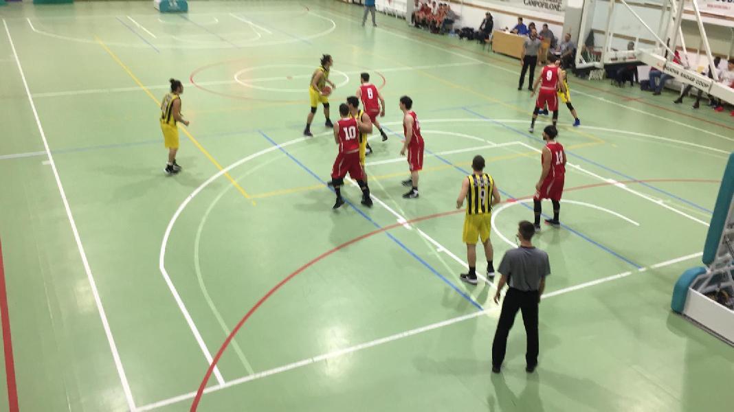 https://www.basketmarche.it/immagini_articoli/01-12-2019/pallacanestro-pedaso-passa-autorit-campo-victoria-fermo-600.jpg