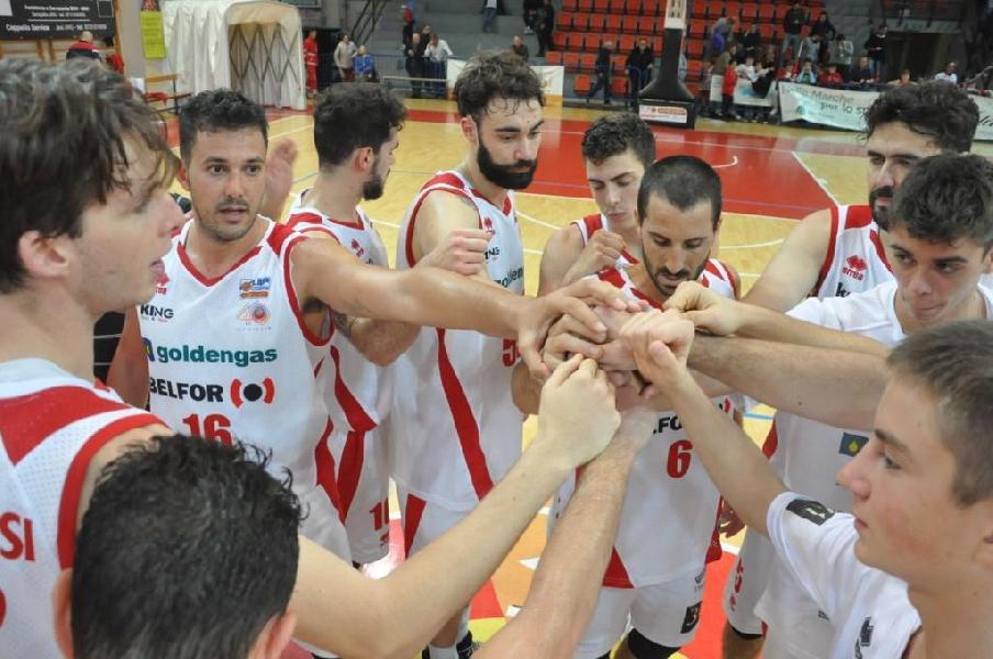 https://www.basketmarche.it/immagini_articoli/02-01-2020/janus-fabriano-arrivo-quarto-derby-consecutivo-domenica-impegno-campo-pallacanestro-senigallia-600.jpg