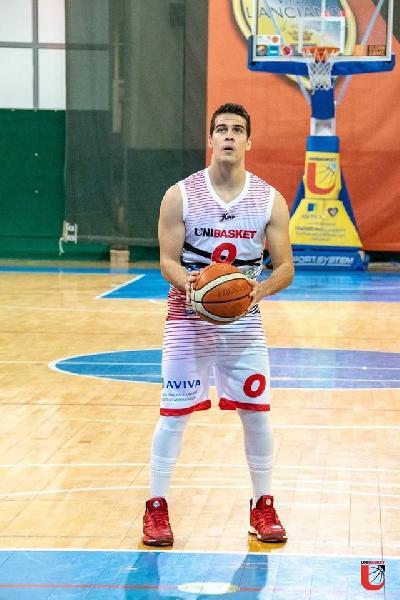 https://www.basketmarche.it/immagini_articoli/02-01-2020/unibasket-lanciano-alessio-agostinone-sono-soddisfatto-prima-parte-stagione-matelica-trasferta-impegnativa-600.jpg