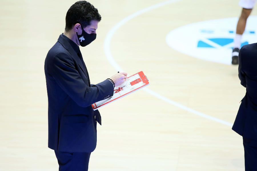 https://www.basketmarche.it/immagini_articoli/02-01-2021/reggio-emilia-coach-martino-contrastare-sassari-servir-grande-prova-difensiva-600.jpg