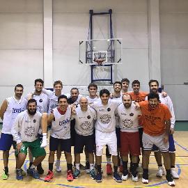 https://www.basketmarche.it/immagini_articoli/02-02-2018/promozione-b-recupero-la-pallacanestro-senigallia-maior-batte-la-loreto-pesaro-270.jpg
