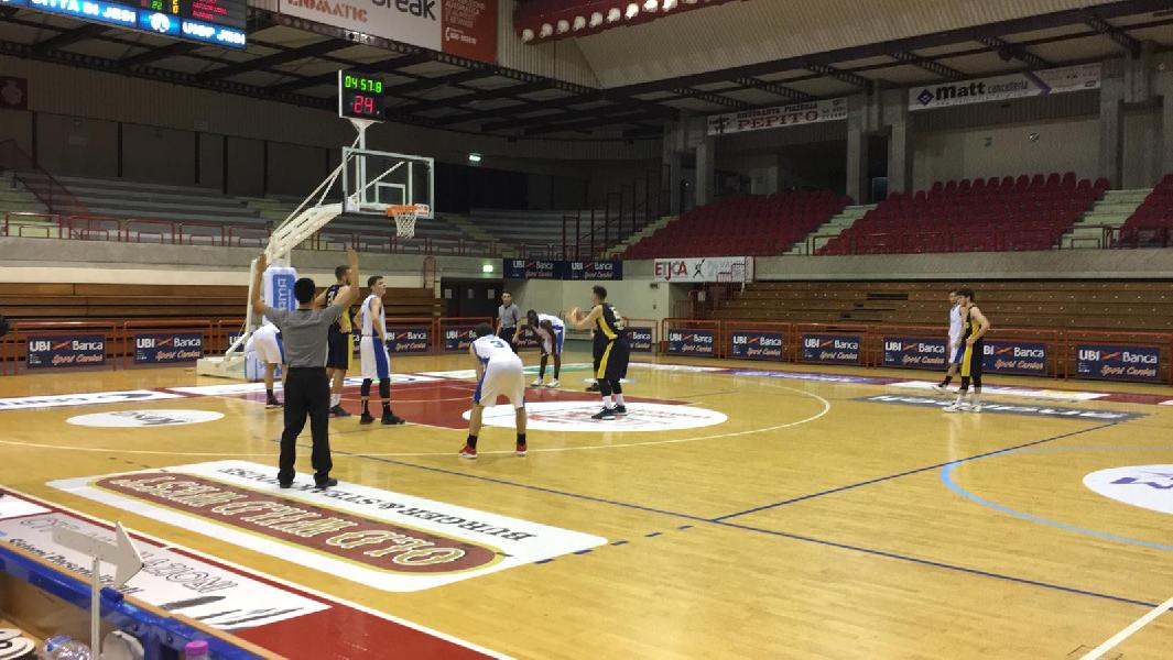 https://www.basketmarche.it/immagini_articoli/02-02-2019/aesis-jesi-supera-volata-basket-club-fratta-umbertide-600.jpg