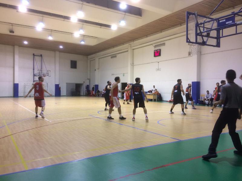 https://www.basketmarche.it/immagini_articoli/02-02-2019/convincente-vittoria-ricci-chiaravalle-campo-pallacanestro-senigallia-600.jpg