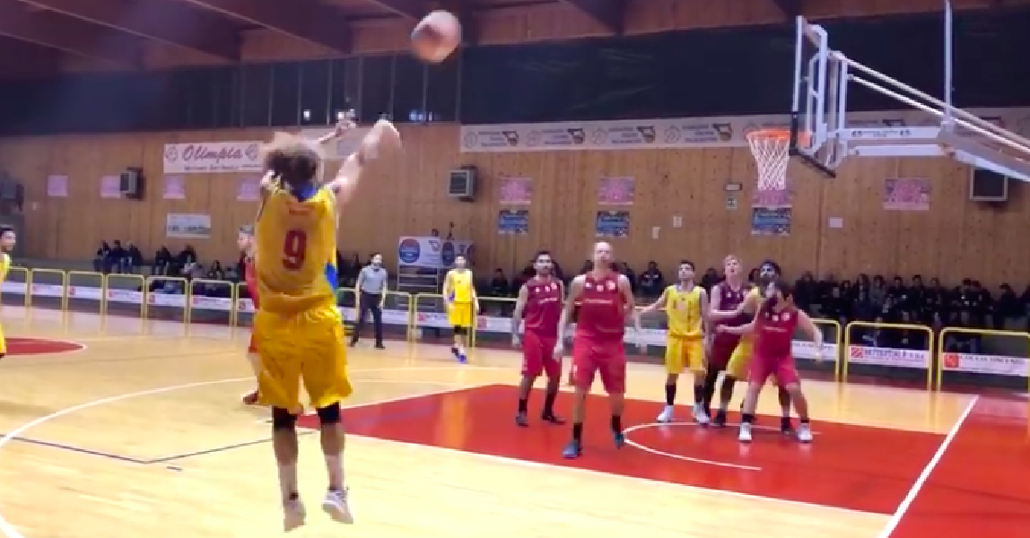 https://www.basketmarche.it/immagini_articoli/02-02-2019/olimpia-mosciano-supera-nova-basket-campli-600.png