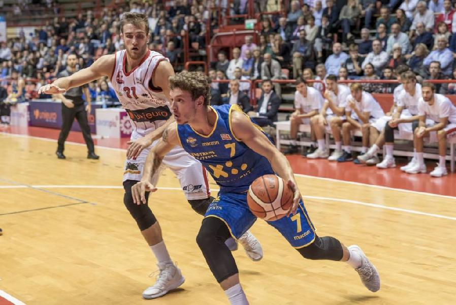 https://www.basketmarche.it/immagini_articoli/02-02-2019/poderosa-montegranaro-forl-ricerca-nona-vittoria-consecutiva-600.jpg