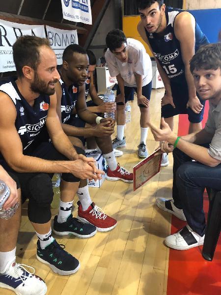 https://www.basketmarche.it/immagini_articoli/02-02-2019/valdiceppo-basket-robur-osimo-tornare-vittoria-600.jpg