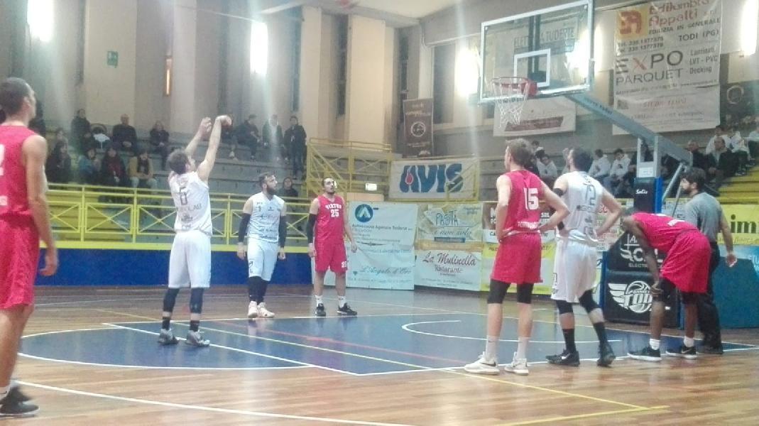 https://www.basketmarche.it/immagini_articoli/02-02-2020/basket-todi-regola-chem-virtus-porto-giorgio-allunga-testa-classifica-600.jpg