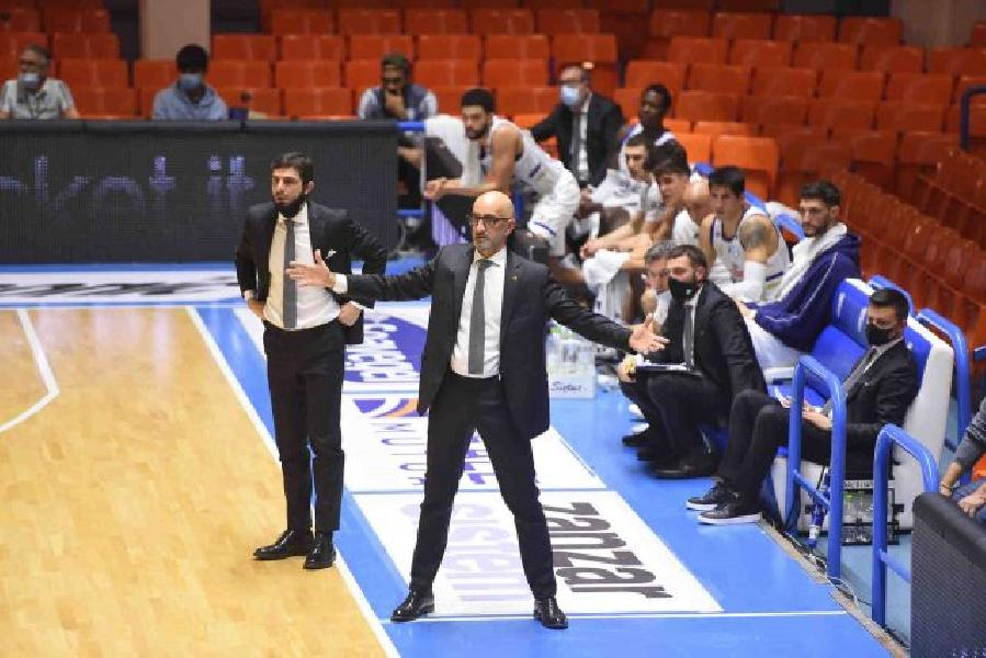 https://www.basketmarche.it/immagini_articoli/02-02-2021/brindisi-coach-vitucci-vittoria-importante-partita-determinante-siamo-solo-atletismo-talento-600.jpg