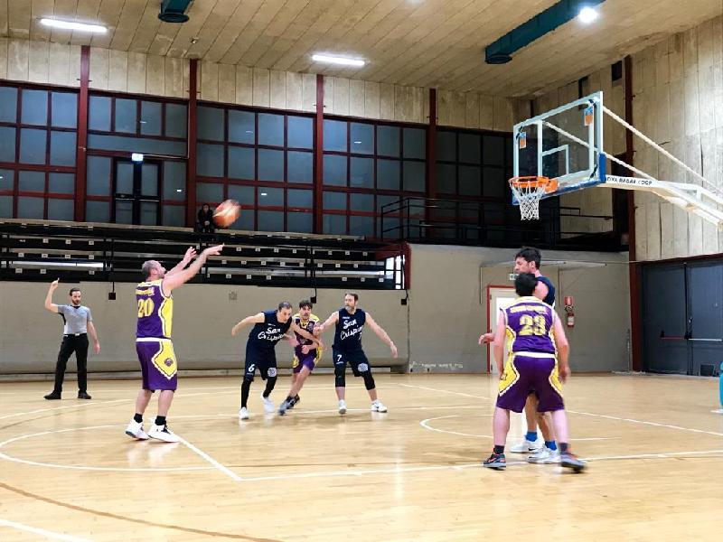 https://www.basketmarche.it/immagini_articoli/02-03-2019/storm-ubique-ascoli-regola-finale-buon-crispino-basket-600.jpg