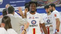 https://www.basketmarche.it/immagini_articoli/02-03-2021/ufficiale-loleggio-magic-basket-firma-lungo-sophony-assui-120.jpg